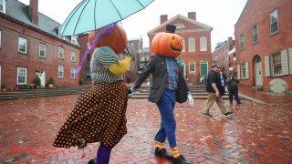 Spooky Sights of Salem Halloween 07