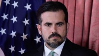Designan fiscal especial para investigar a exgobernador Rosselló tras polémico chat