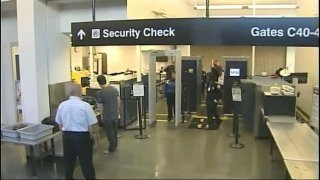 Boston-Logan-Airport-security-checkpoint
