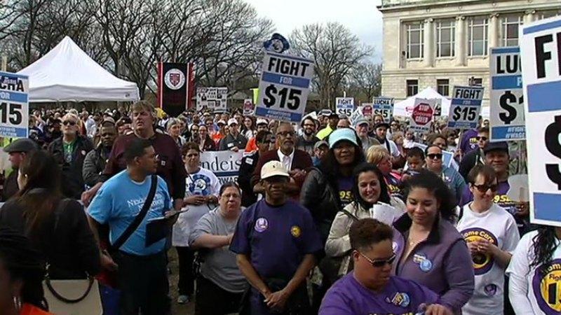 TLMD-Boston-Marcha-lucha-por-15-dolares-salario-minimo-