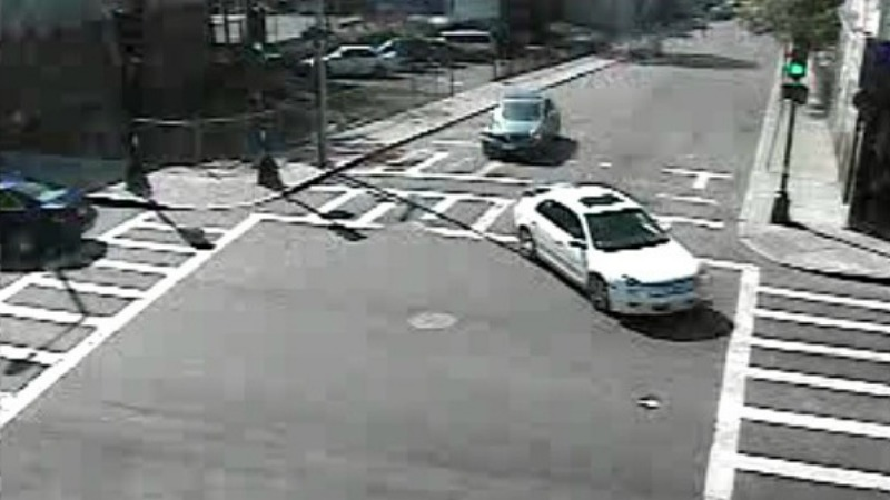 TLMD-Boston-carro-sospechoso-tiroteo-en-bowdoin-street-dorchester-