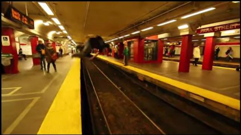 TLMD-Dylan-Polin-salto-voltereta-MBTA