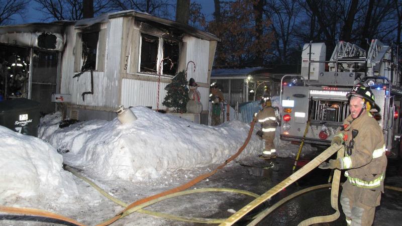 TLMD-Springfield-incendio-fatal-casa-movil-WWLP