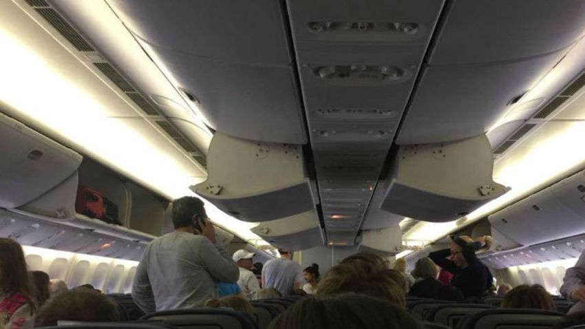 TLMD-avion-londres-los-angeles-emergencia-a-bordo-foto-Ralph-McLaughlin