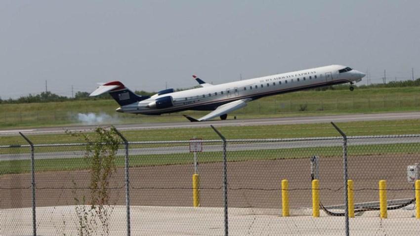 TLMD-avion-pega-ala-del-suelo-al-aterrizar-en-mesa-mcallen-texas-juan-de-la-garza-via-NBC-DFW