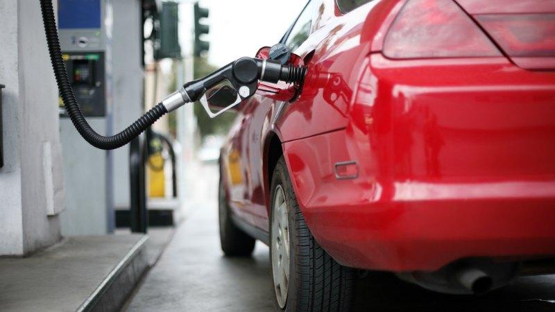 TLMD-gasolina-shutterstock-13813192