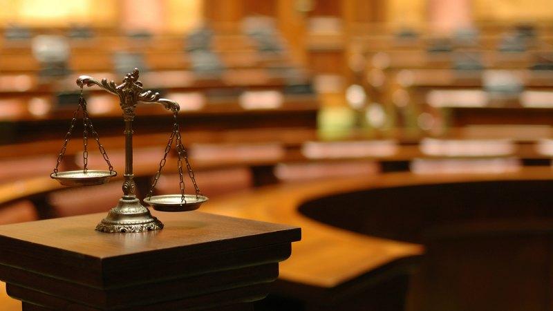 TLMD-justicia-balanza-shutterstock-84312832