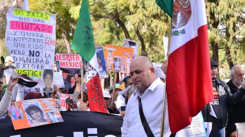 Julián LeBarón en una protesta en México.
