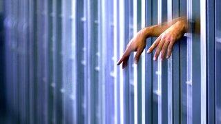 prison-hands-generic