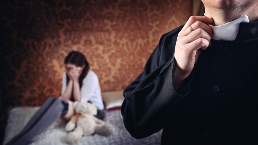sacerdotes-pederastas-abusos-generica