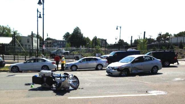 tlmd_east_boston_choque_policia_mbta
