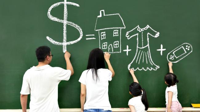 tlmd_financial_education_shutterstock_116454925