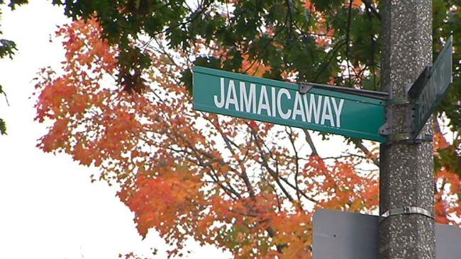 tlmd_jamaica_plain_choque_perkins_street_dos_muertos