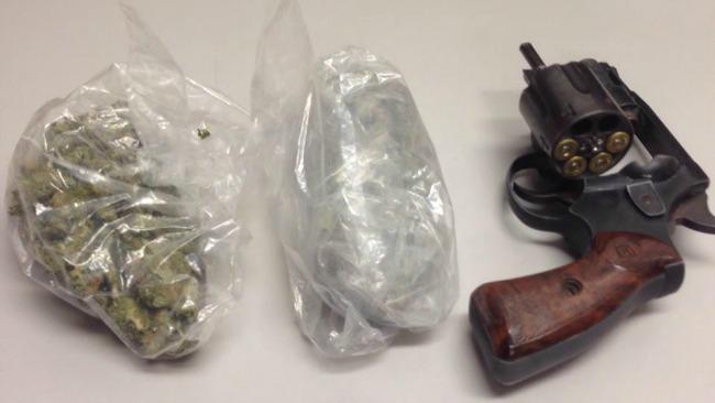 tlmd_lynn_revere_marihuana_auto_3_arrestados_toyota_rav_1