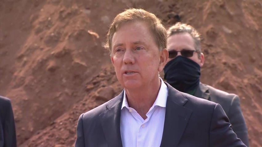 Governor Lamont gets heckled