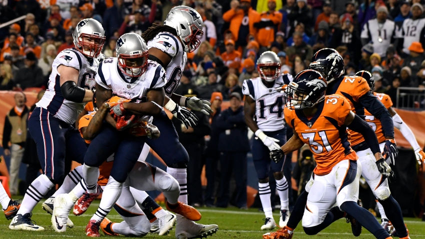 Game action from a 2017 Patriots-Broncos game