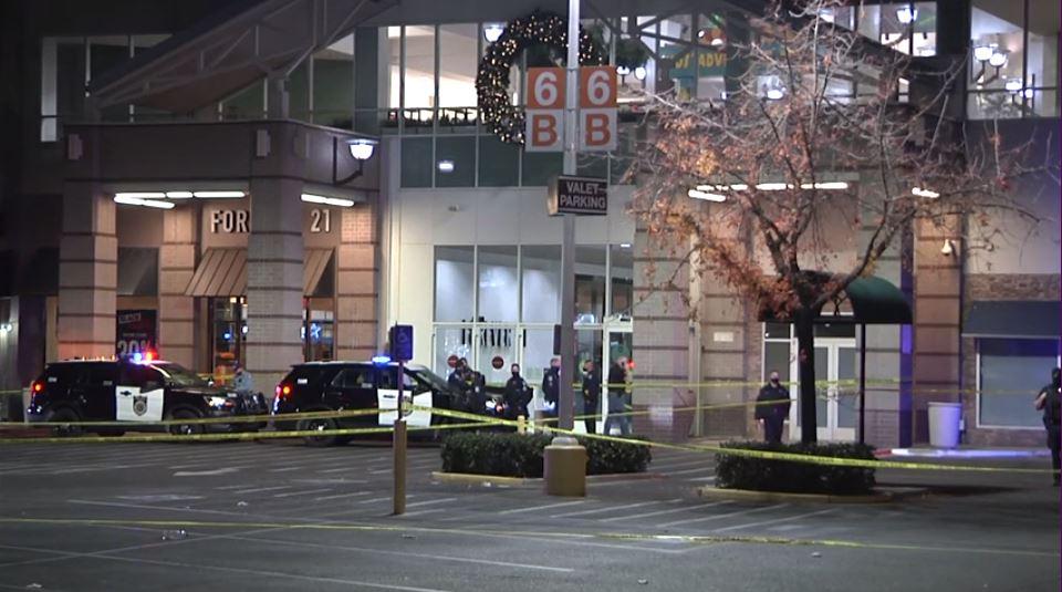 Tragedia durante Black Friday: tiroteo en centro comercial deja 2 muertos