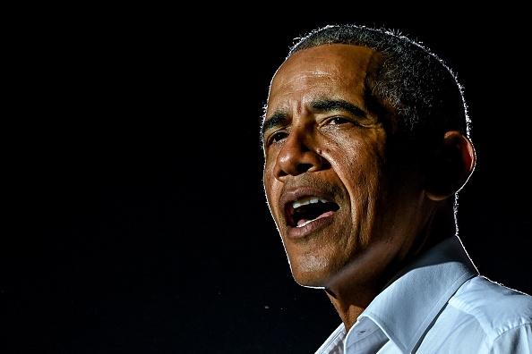 Ex presidente Obama reduce su fiesta de cumpleaños en Mass. tras aumento de casos de COVID-19