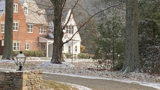 Excavator at Farmington home linked to Fotis Dulos