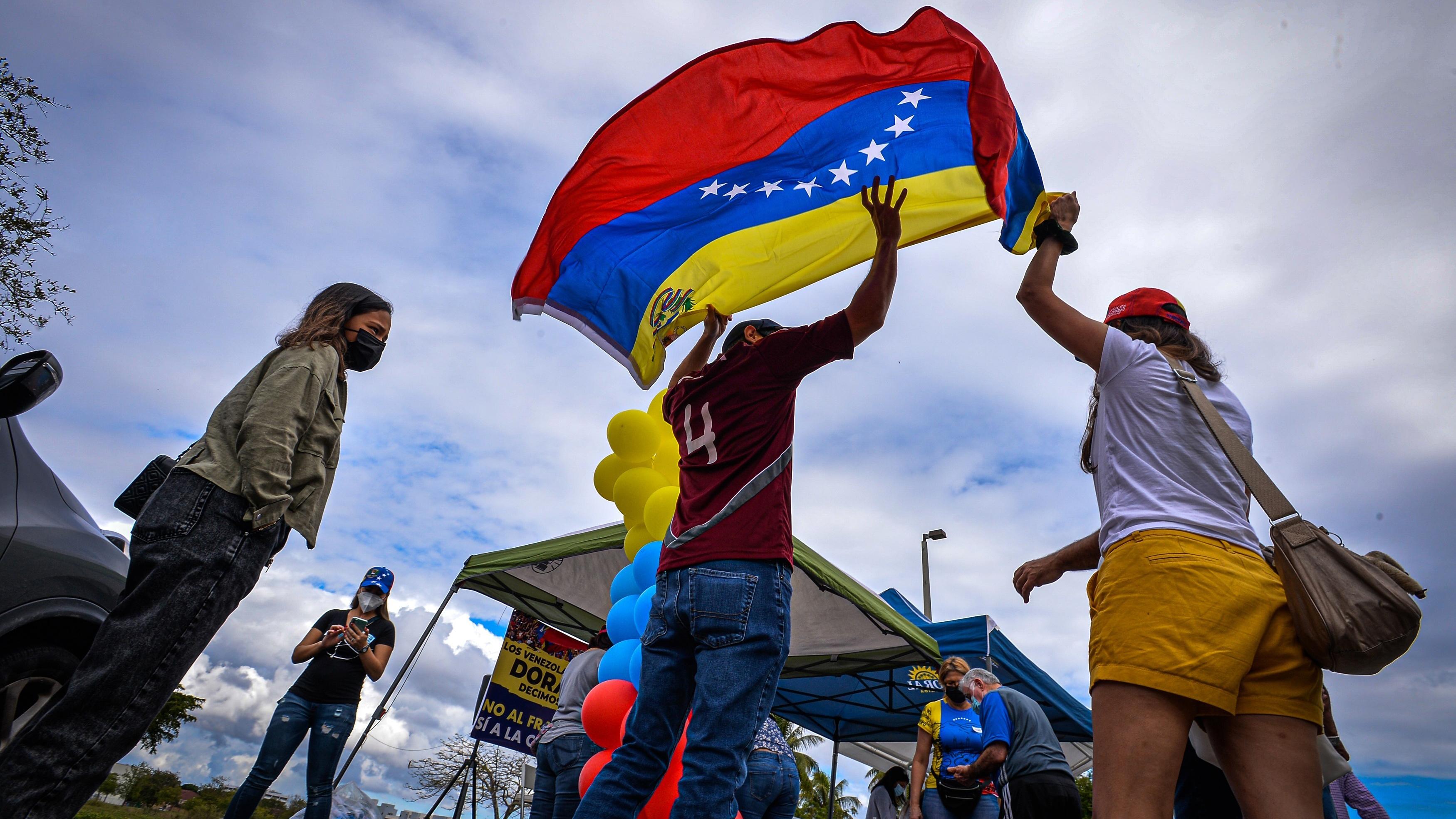 ¿En qué consiste el Estatus de Protección Temporal de EEUU para los venezolanos?