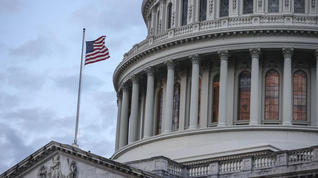 Plan de estímulo con cheques de $1,400: la Cámara Baja se alista para su aprobación final
