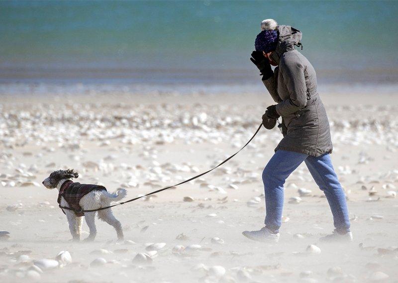 FOTOS: Residentes de Boston desafían ola de frío ártico en marzo