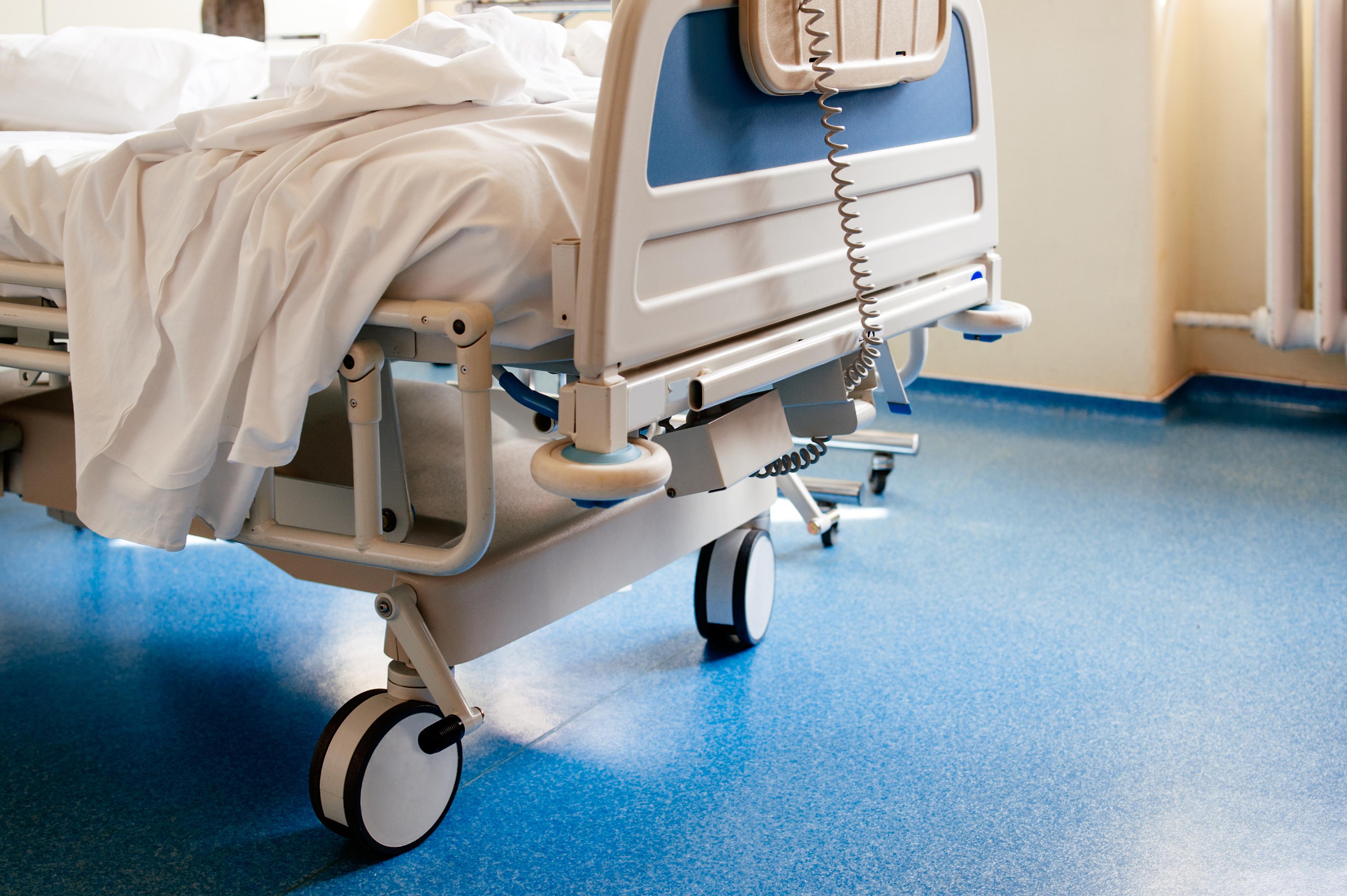 Caen los números de hospitalizaciones por COVID-19 en Rhode Island