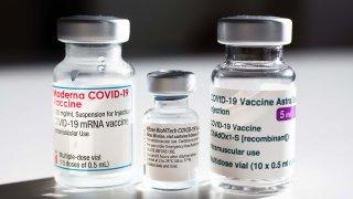Vacunas de Pfizer, Moderna y AstraZeneca