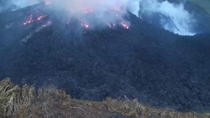 Volcán en San Vicente, en el Caribe, podría explotar; envían crucero a  evacuar residentes – Telemundo Nueva Inglaterra