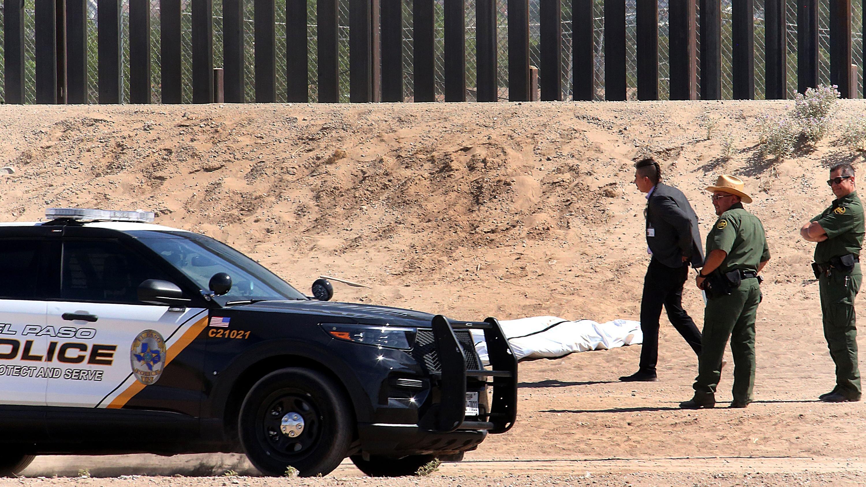 Muere un migrante mexicano tras caer del muro fronterizo en Texas
