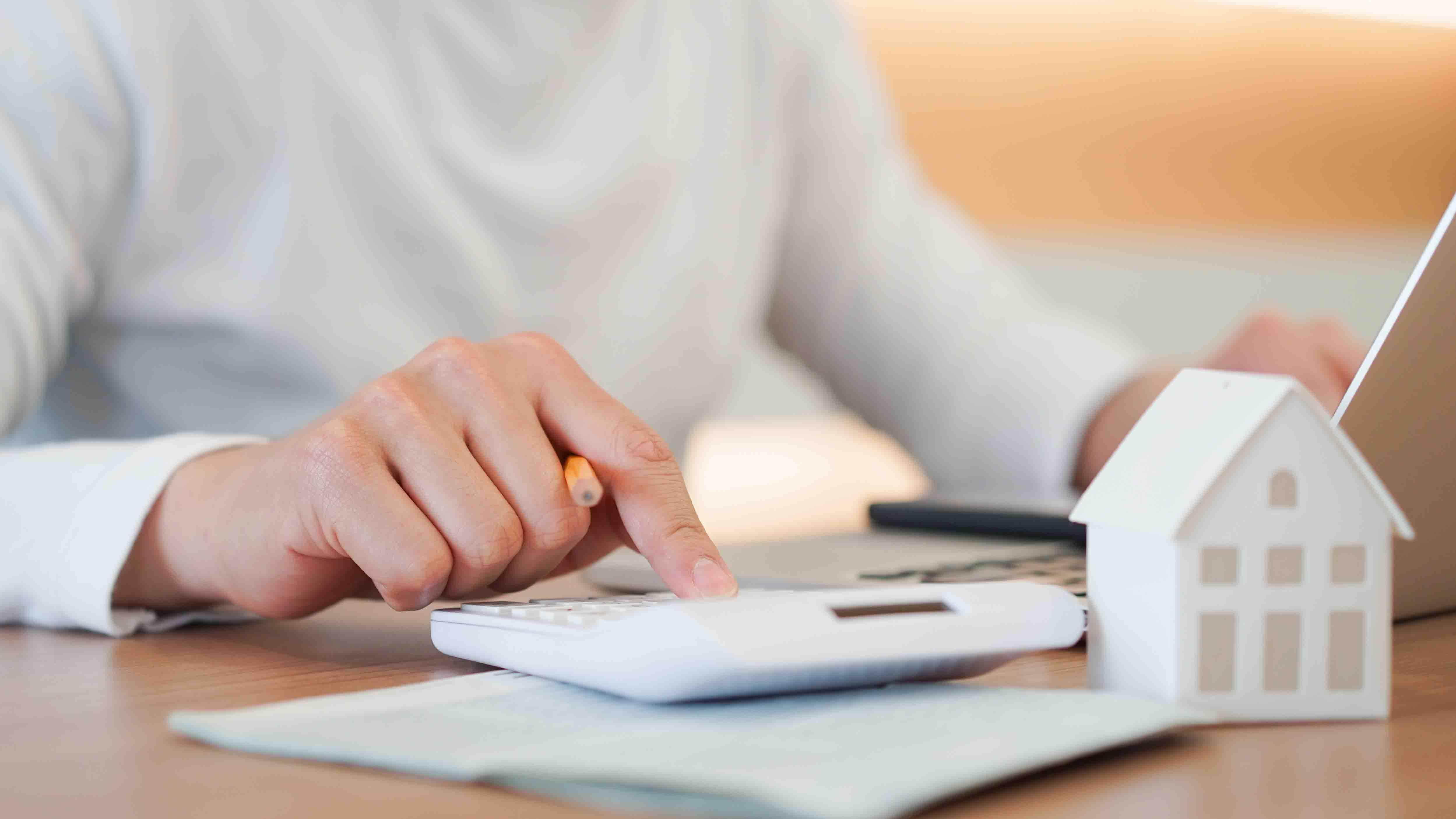 NBC: dueños de casa con ciertas hipotecas podrían obtener reducción de pagos