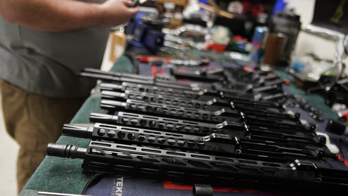 """México demanda a fabricantes de armas de EEUU por sus """"prácticas negligentes"""""""
