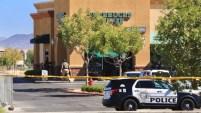 El sospechoso se atrincheró en el negocio con personas dentro y disparó a un hombre.