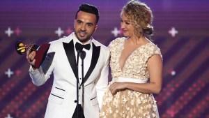 """""""Despacito"""" arrasa en los Latin Grammy"""