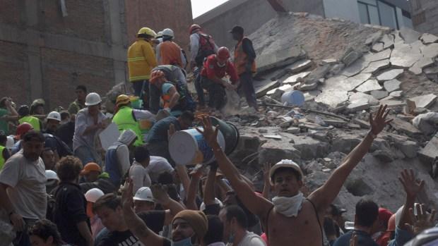 Más de 200 muertos por terremoto en México