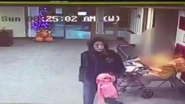 Anciana hospitalizada tras violento robo en Quincy