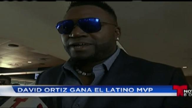 David Ortiz recibe el premio Latino MVP